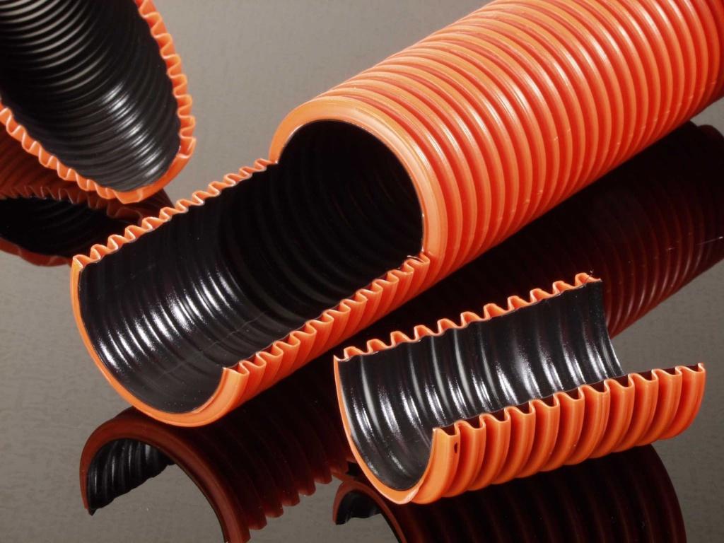 Гофрированные двустенные трубы, особенности и выгоды от их применения